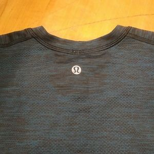 Lululemon Metal Vent Tech Men's 👕 t shirt XL